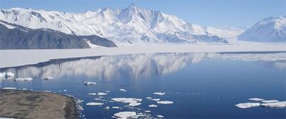 Un mar cálido derrite la Antártida