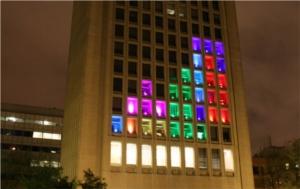 Convierten un edificio en un Tetris gigante