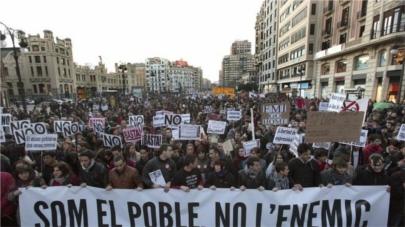 Una amonestación para la primera menor juzgada por la 'primavera valenciana'