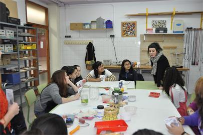 Jóvenes y mujeres luchan por su inserción sociolaboral