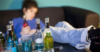 Narrar una borrachera en pasado propicia volver a beber en exceso