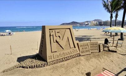 Artistas internacionales muestran sus esculturas de arena en Marbella