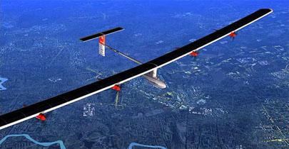 El Solar Impulse concluye el primer viaje entre continentes con energía solar