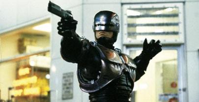 A sus 25 años, RoboCop tendrá al Dr. House como enemigo