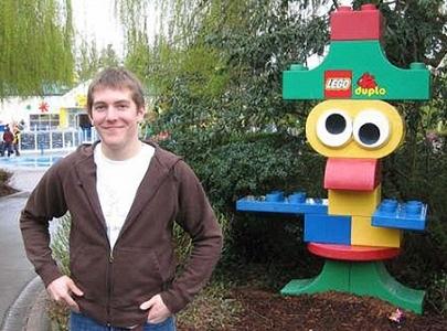 Con 8 años solicitó trabajo a Lego. 15 años después, consiguió el puesto.