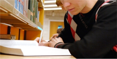 El 44% de los jóvenes que abandona su trabajo retoma sus estudios