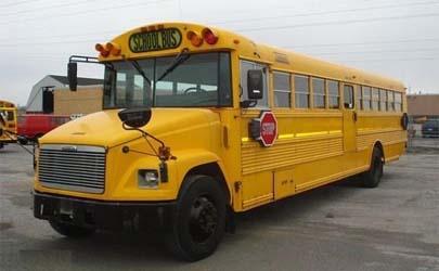 Conductor de bus escolar salva a escolares antes de fallecer