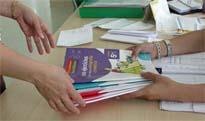Más de 100.000 firmas reclaman un precio justo de los libros de texto