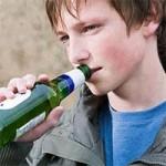 La nueva ley de alcohol prevé multas para los padres de menores que beban