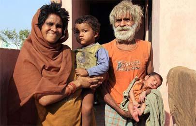 A sus 96 años se convierte en el padre más anciano del mundo