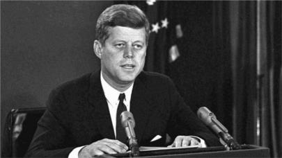 """""""He ordenado eliminar las armas nucleares del suelo cubano"""""""