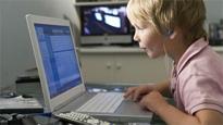 El Gobierno estudia exigir el DNI a menores para acceder a redes sociales