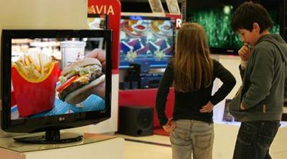 Los niños obesos son más vulnerables a la publicidad