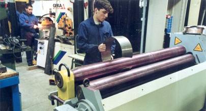 100.000 empleos para jóvenes franceses sin formación