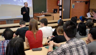 2.000 estudiantes en el 'Desafío Junior Empresarial'