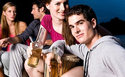 Una ley antialcohol para los adolescentes