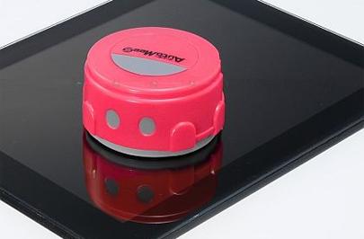 Un minirobot para limpiar tu tablet