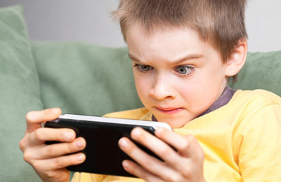 La mitad de los niños de Primaria piratean videojuegos