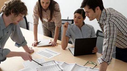 Empresas que contraten a jóvenes podrán ahorrar hasta un 100% de cuotas de la Seguridad Social