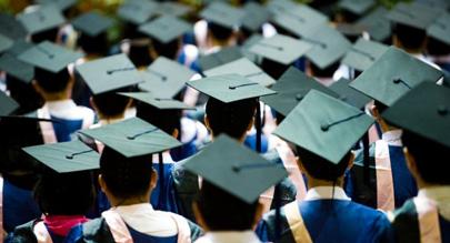El 40% de los jóvenes españoles tiene formación académica