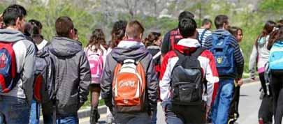 ¿Qué lengua hablan los adolescentes latinos en Barcelona?
