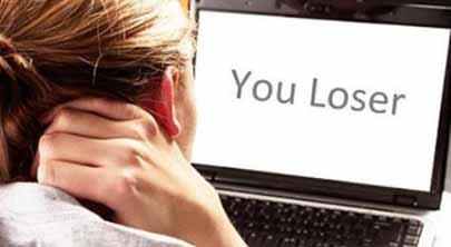 1 de cada 4 llamadas a líneas de ayuda a menores denuncia ciberacoso