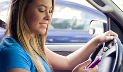 3.000 jóvenes conductores americanos mueren cada año a causa del móvil