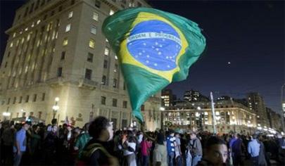 Crisis en Brasil: están golpeando al gigante del Sur