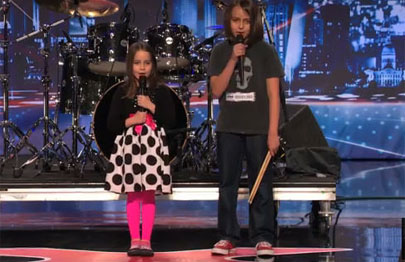 Metalera de 6 años alucina al público de America's Got Talent