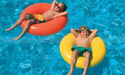 Cuidado con los más peques en las piscinas