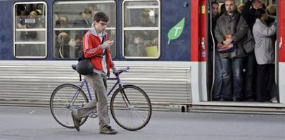"RENFE: ""¿Es tu bici plegable?"""