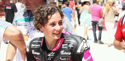 Con 16 años, referente para el motociclismo femenino
