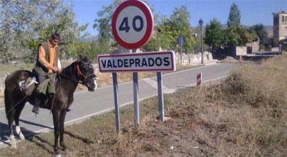 Joven español en paro decide emigrar en caballo a Alemania en busca de trabajo