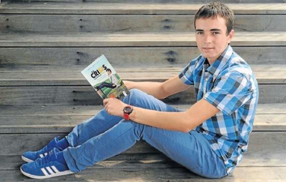 Entrevista a Daniel García, autor de 'La crisis vista desde los 16 años'