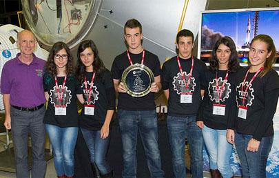 Estudiantes españoles ganan un concurso de robótica de la ESA