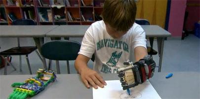 Construye una mano protésica para su hijo con una impresora 3D