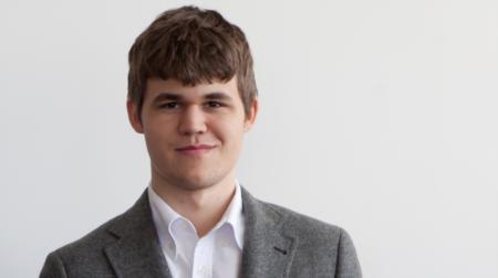 Con sólo 23 años, es el nuevo campeón del mundo de ajedrez