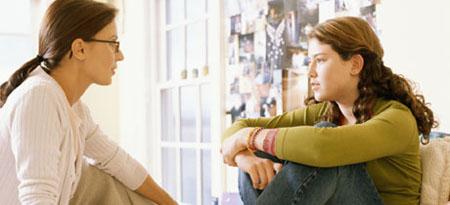 Sólo el 12% de adolescentes recibe información sobre sexualidad de sus padres