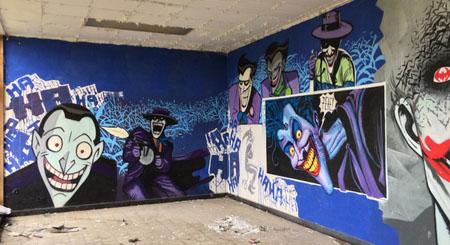 Espectaculares grafitis encontrados en una escuela abandonada