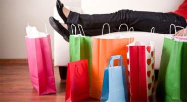 Los adolescentes gastan 4 veces más de lo que ingresan