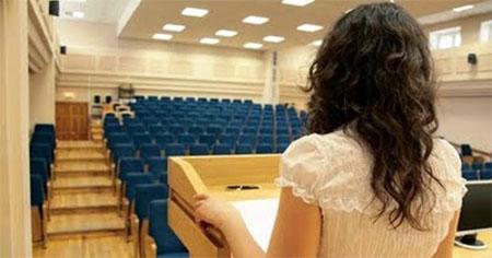 Los jóvenes españoles suspenden en hablar en público