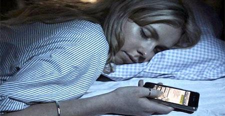 Sólo el 30% de los adolescentes apaga su smartphone antes de dormir