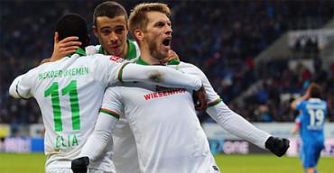 Aaron Hunt, jugador del Werder Bremen, ofrece un buen ejemplo de honestidad en el campo