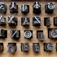 Adolescente propone ahorrar millones cambiando la tipografía