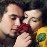 Facebook permite celebrar aniversarios a los enamorados