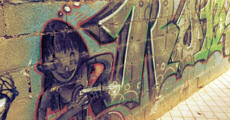 Granada regula el grafiti
