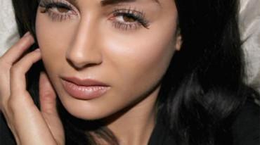 Pasa varias veces por el quirófano para parecerse a Kim Kardashian