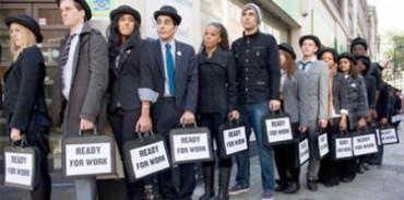 El porcentaje de universitarios sin empleo sigue subiendo según la OCDE