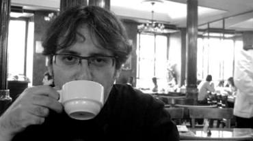 Diego Arboleda, Premio Nacional de Literatura Infantil y Juvenil por 'Prohibido leer a Lewis Carroll'