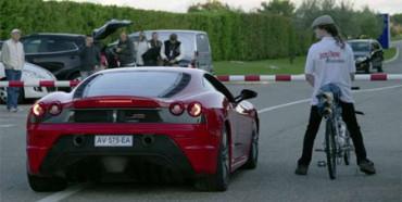 Bicicleta VS Ferrari 430, ¿quién ganará?